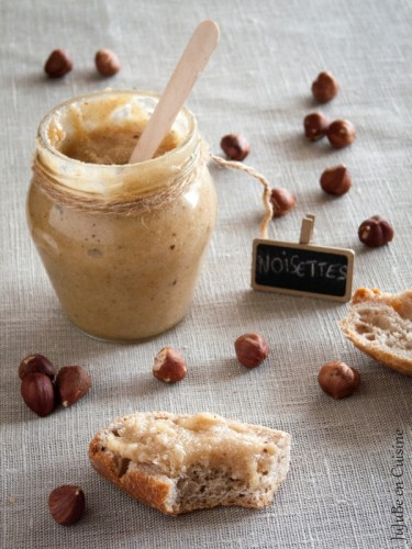 Miel d'écureuil / Pâte de noisettes au miel