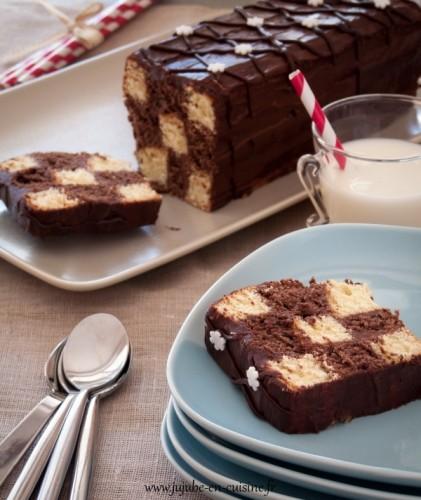 Cake damier chocolat-vanille