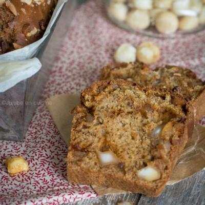 Banana bread aux noix de macadamia caramélisées