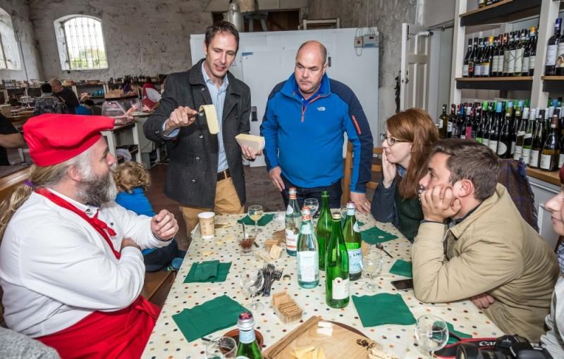 Dégustation de fromages Irlandais à Sheridan's Cheesemongers avec Kevin Sheridan -- Photo : Patrick Moore