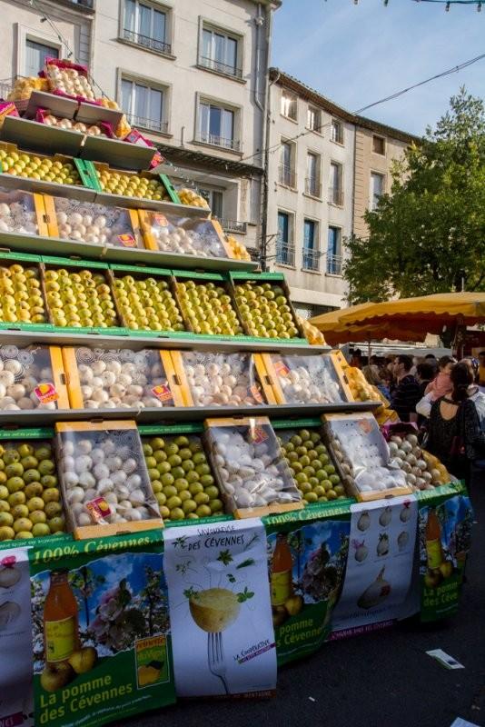 La pyramide d'oignons et de pommes | 22ème foire de la pomme et de l'oignon doux des Cévennes | Jujube en cuisine
