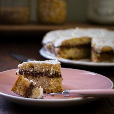 Gâteau au yaourt (sans oeuf), fourré (au chocolat) et glacé