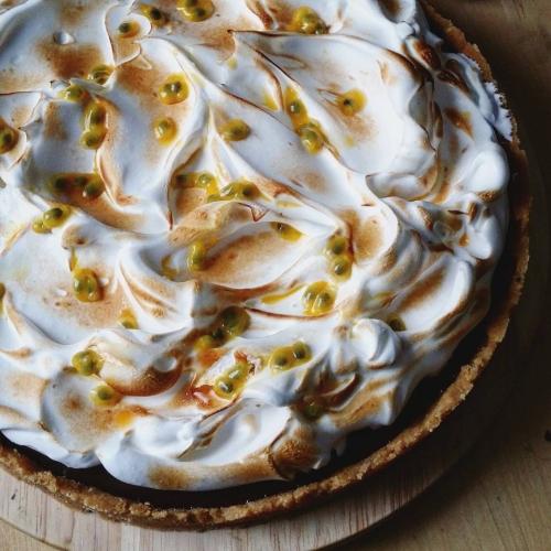 Tarte au chocolat meringuée (et fruit de la passion) | Jujube en cuisine