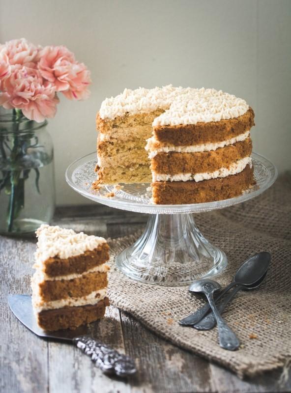 Recette de Layer cake (gâteau à étages) à la noisette | Jujube en cuisine