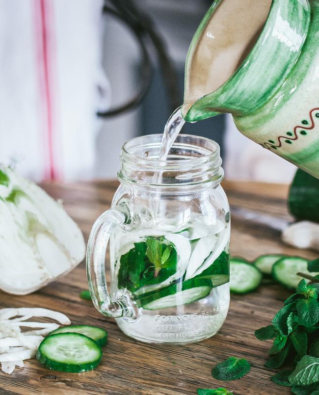 Detox water concombre fenouil menthe
