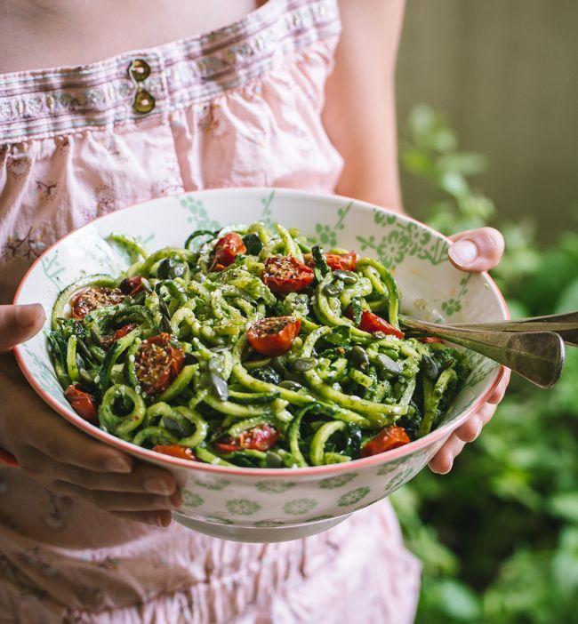 Salade de courgette et sauce «déesse verte» (Spiralizer pour KitchenAid)