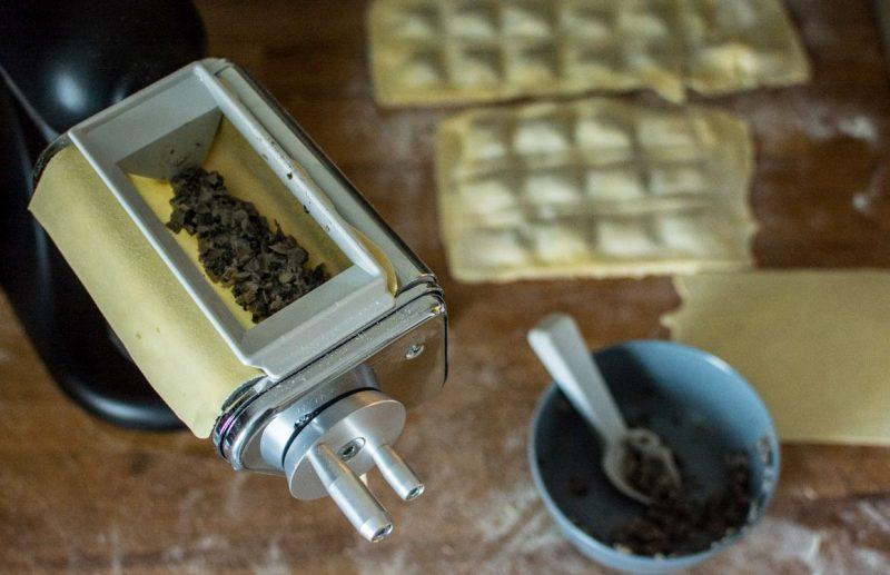Machine pour la préparation et le remplissage des ravioli | KitchenAid | Jujube en cuisine